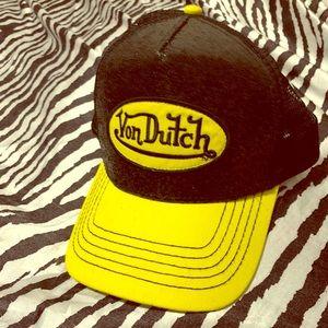Von Dutch bright yellow and black glitter hat NWOT